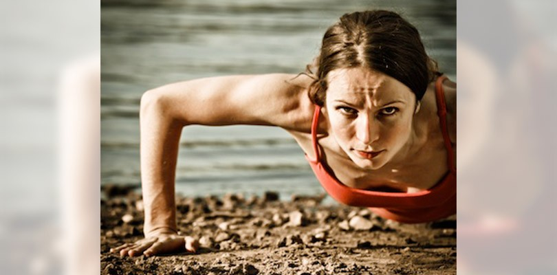 woman-pushup-close-sm